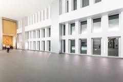 Abstract fragment van de stedelijke architectuur van moderne luxebui Stock Fotografie