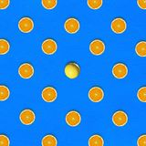 Abstract fruit: Opmerkelijk Oranje midden rond halve sinaasappelen o Stock Afbeelding