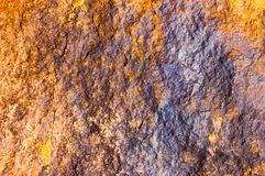 Abstract geel grunge van de achtergrond andbackgroundluxe rijk uitstekend textuurontwerp met elegante antieke verf op muurillustr Royalty-vrije Stock Foto's