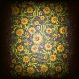 Abstract grunge bloemenornament met gouden bloemen Stock Illustratie