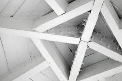 Abstract houten architectuurfragment, dakcentrum Royalty-vrije Stock Afbeelding