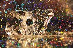 Abstract ijscijfer in water op een feestelijke achtergrond Royalty-vrije Stock Foto