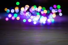 Abstract kleurrijk Bokeh-licht op de nachtachtergrond Royalty-vrije Stock Afbeeldingen