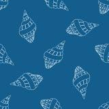 Abstract naadloos patroon met hand getrokken zeeschelpen Royalty-vrije Stock Afbeelding