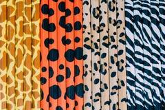 Abstract ontwerp op kleurrijke kleurpotloodachtergrond of kleurrijk potlood Stock Foto