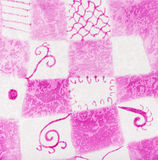 Abstract roze en wit vierkant patroon op batik Royalty-vrije Stock Foto's