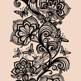 Abstract seamless lace pattern with flowers and butterflies. Royalty Free Stock Photos