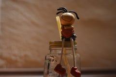 Abstract stuk speelgoed op een glasmok Stock Afbeelding