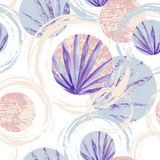 Abstract summer geometric seamless pattern. Circles with fan palm leaf and marble grunge textures. Pastel beach background in retro vintage 80s or 90s. Hand Stock Illustration