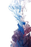 Abstract voorwerp van verfplons Kleurenwolk van inkt in water Stock Afbeeldingen