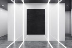 Abstract wit binnenland met leeg aanplakbord Royalty-vrije Stock Fotografie