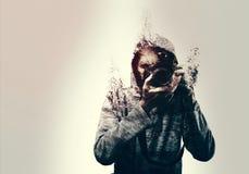 Abstract zelfdieportret van een fotograaf in stukken wordt verbrijzeld Stock Foto's