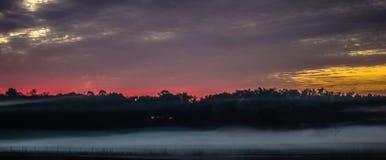 Abstract zonsopganglandschap op het landbouwbedrijf in Florida Royalty-vrije Stock Foto's