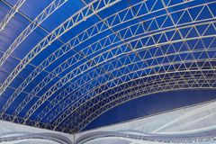 Abstracte achtergrond met lijnen op blauwe achtergrond stock foto's