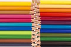 Abstracte achtergrond van kleurenpotloden Royalty-vrije Stock Afbeeldingen