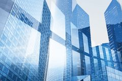 Abstracte bedrijfs binnenlandse achtergrond, blauwe venster dubbele blootstelling, technologie royalty-vrije stock afbeeldingen