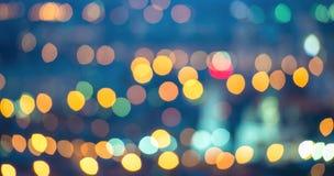Abstracte blauwe cirkelbokehachtergrond, stadslichten, instagram Stock Foto's
