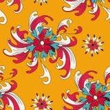 Abstracte bloemen op een oranje naadloos patroon als achtergrond Stock Foto's