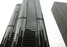 Abstracte cityscape mening met moderne wolkenkrabbers Stock Afbeeldingen