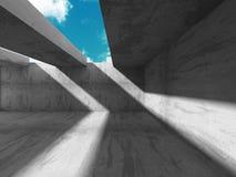 Abstracte concrete architectuur op hemelachtergrond Stock Afbeelding