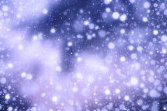 Abstracte de winterachtergrond van sneeuwvlokkerstmis Royalty-vrije Stock Afbeeldingen