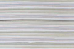 Abstracte detailkleur en laag boekdocument pagina's dik Stock Fotografie
