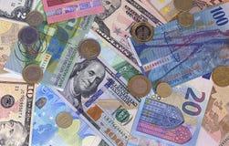 Abstracte dollar euro Zwitserse frank en muntstukkenachtergrond Stock Fotografie