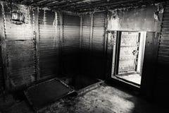 Abstracte donkere grungy binnenlands, zwart-wit Royalty-vrije Stock Afbeeldingen