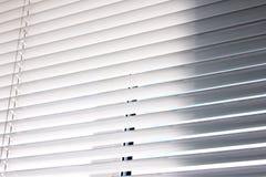 Abstracte Foto Rechte strepen Achtergrond van de zonneblinden stock fotografie