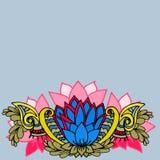 Abstracte geometrische grens van bladeren en bloemen op een blauwe achtergrond Stock Afbeelding