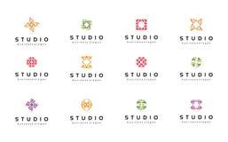 Abstracte geplaatste embleemmalplaatjes inzameling Technologiesymbolen royalty-vrije stock foto