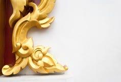 Abstracte gouden de kunstachtergrond van de lai Thaise stijl Stock Afbeelding