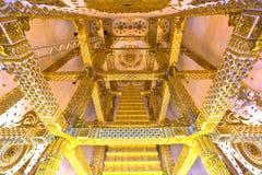 Abstracte hoogste mening in de tempel als achtergrond Stock Fotografie