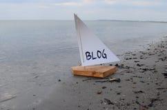 Abstracte illustratie van de lancering van een nieuwe blog Stock Fotografie