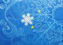 Abstracte Kerstmissneeuwvlokken en sterren als achtergrond Stock Afbeelding