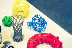 Abstracte modellen die door 3d printerclose-up worden gedrukt Royalty-vrije Stock Afbeeldingen