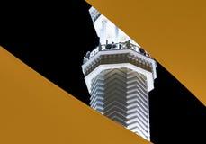 Abstracte nachtmening van de minaret van Sharif Hussein-bak Ali Mosque, de centrale moskee in Aqaba, Jordanië royalty-vrije stock afbeeldingen