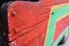 Abstracte oude uitstekende retro lokale geschilderde openbaar vervoerbus stock afbeelding