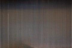 Abstracte textuur als achtergrond van gestreept patroon van de voetstap van de metaalroltrap Stock Afbeeldingen