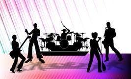 Abstracte vector muzikale groep die een programma over stadium, vectorillustratie voorleggen stock illustratie