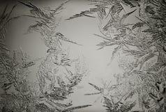 Abstracte vorstpatronen op vensterglas. Stock Foto