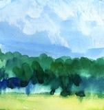 Abstracte waterverfachtergrond Blauwe hemel op een zonnige dag met cumuluswolken Silhouet van een groen bos royalty-vrije illustratie