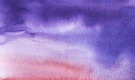 Abstracte waterverfachtergrond Verzadigde gradiënt van purper aan roze Hand op een geweven document wordt getrokken dat stock afbeelding