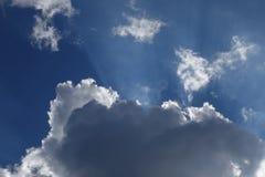 Abstracte wolkenachtergrond Royalty-vrije Stock Fotografie