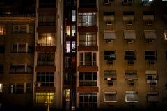 Abstrakcjonistyczna architektura z Wysokimi budynkami i okno obrazy royalty free