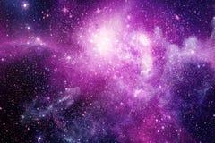Abstrakcjonistyczna Rozjarzona menchii, purpur i magenta mgławicy galaktyki grafika W Astronautycznym tle, ilustracja wektor