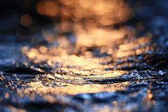 Abstrakcjonistyczna tekstura, symulacja woda przy zmierzchu błękitem Obraz Royalty Free