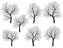 Abstrakcjonistyczne sylwetki wiosen drzewa z liśćmi. ilustracji