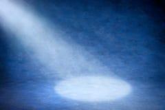 abstrakcjonistycznego tła błękitny światło reflektorów Obrazy Royalty Free