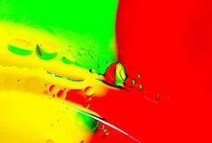 Abstrakcjonistyczni przyglądający oleju i wody bąble Zdjęcia Royalty Free